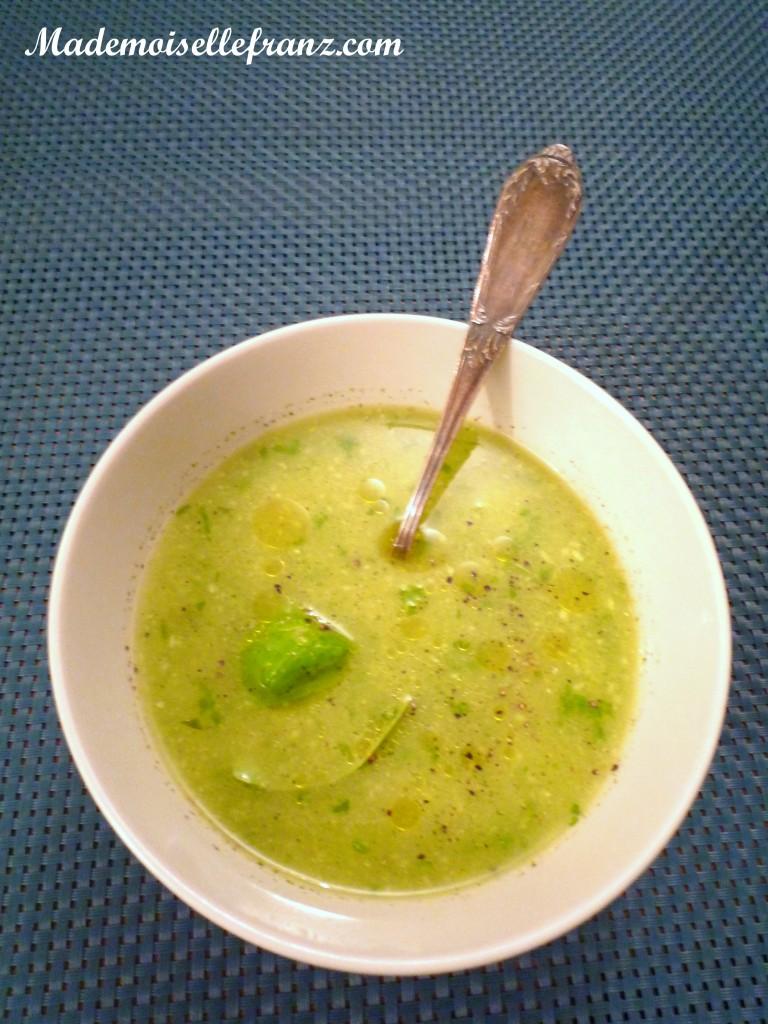 Soupe froide au concombre